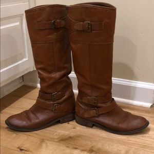 DV leather boots